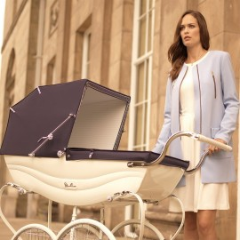 Balmoral Pram-white-and-navy